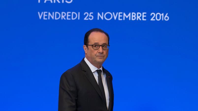 Hollande tente de prendre de la hauteur à Madagascar