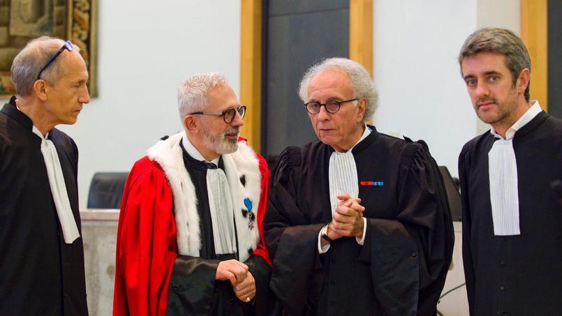 Les avocats présents au procès Fiona à Clermont-Ferrand.