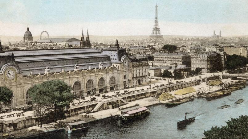 La gare d'Orsay terminus de la Compagnie du chemin de fer de Paris à Orléans est inaugurée le 14 juillet 1900. Elle faillit être détruite avant de devenir un musée internationalement reconnu.