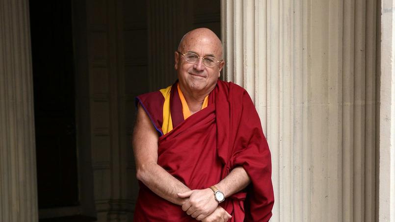 Interprète officiel du dalaï-lama, Matthieu Ricard milite pour une défense des animaux qui passerait par un changement de nos habitudes alimentaires.