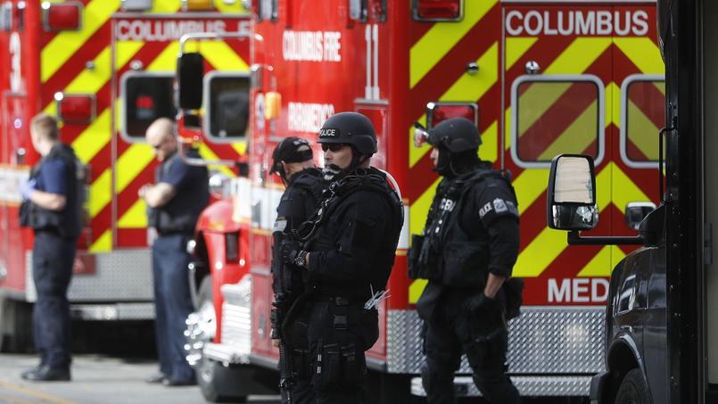Les secours, près de l'université de l'Ohio à Colombus.