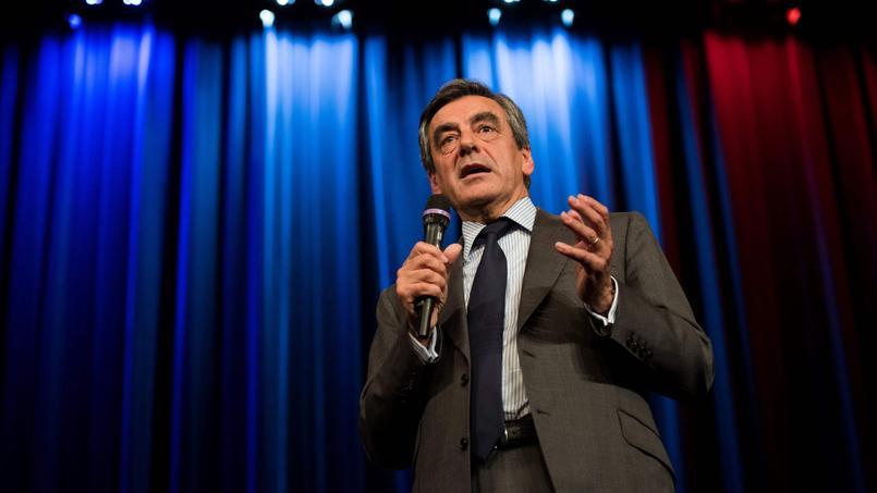 François Fillon, très net vainqueur dimanche de la primaire de la droite face à Alain Juppé, sera le champion de son camp à l'élection présidentielle de 2017, avec de bonnes chances de l'emporter face au FN et à une gauche atomisée, estiment plusieurs médias étrangers.