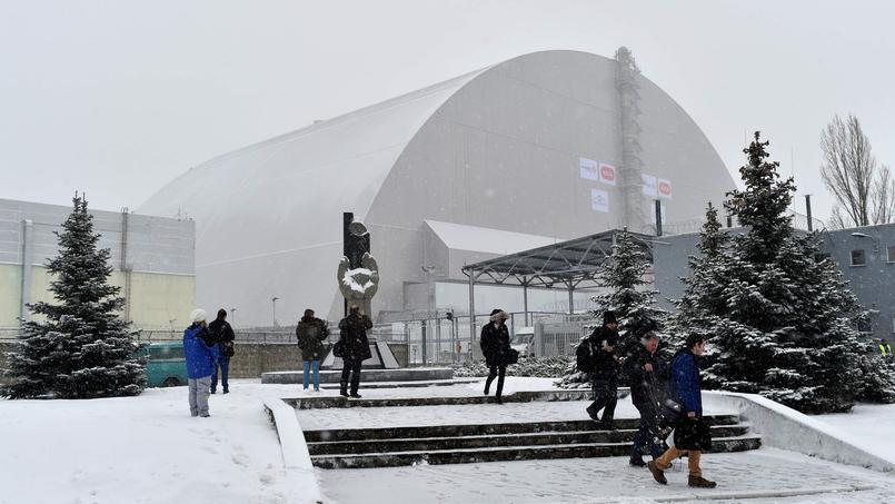 Le dôme de 25.000 tonnes doit permettre de contenir les rayonnements ionisants qui s'échappent encore du réacteur numéro 4.