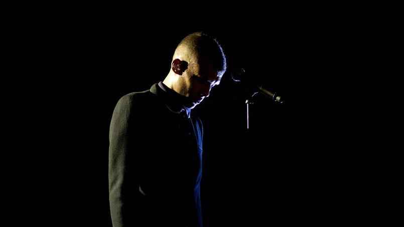 «J'ai envie d'écrire, de composer, mais un peu plus dans l'ombre», s'est exprimé Stromae dans les Inrocks.