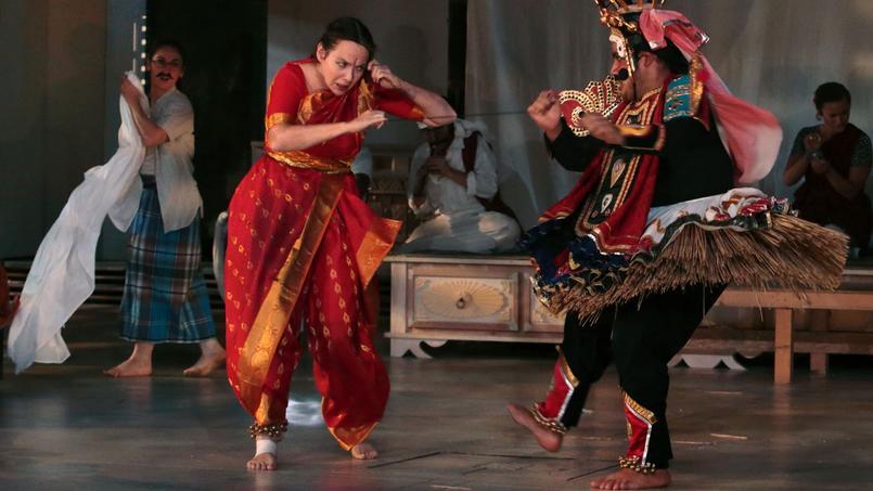 Omid Rawendah etJudit Jancso, deux acteurs parmi laquarantaine d'«Unechambre en Inde», lanouvelle créationdu Théâtre duSoleil.
