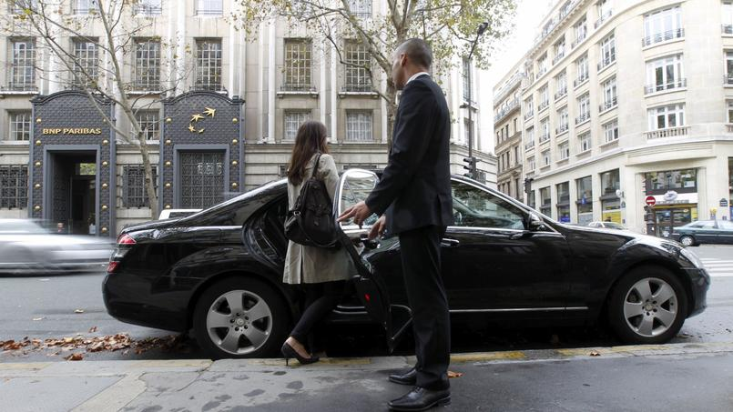 Pour le service standard UberX, le prix à la minute augmente de 20% (de 0,25 à 0,30 euro) et le prix au kilomètre de 5% (de 1 à 1,05 euro).