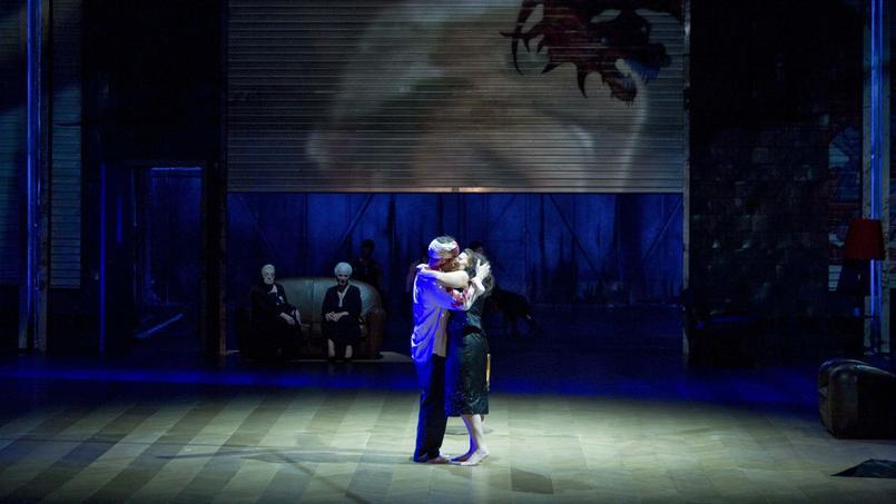 La bouleversante Iphigénie en Tauride, de Krzysztof Warlikowski, revient à l'Opéra Garnier du 2 au 25 décembre 2016.