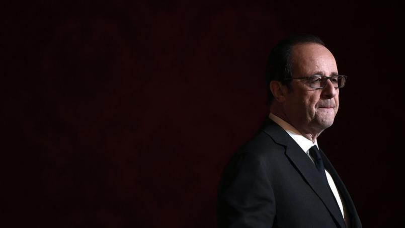 «Surprise», «rupture logique»: le renoncement de Hollande vu par la presse étrangère