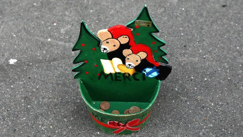 À moins d'un mois de Noël, les associations sont nombreuses à monter des initiatives solidaires pour les fêtes de fin d'année.