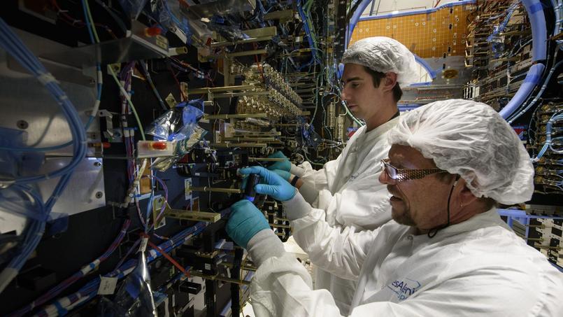 Les emplois de haute technologie (ici chez Thales Alenia Space à Toulouse) tirent la croissance en Occitanie.