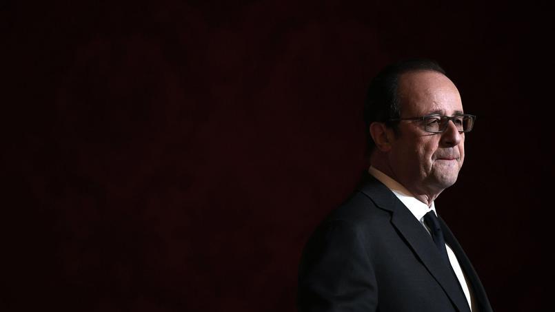 François Hollande serait-il prêt à être candidat sans passer par la case primaire?