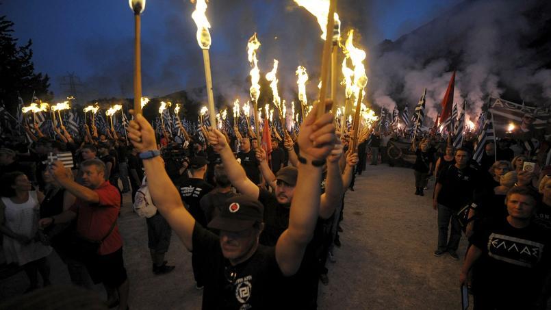 Rassemblement de l'Aube dorée, en Grèce.