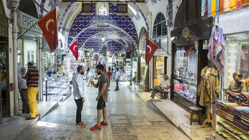 Une allée du Grand Bazar d'Istanbul.