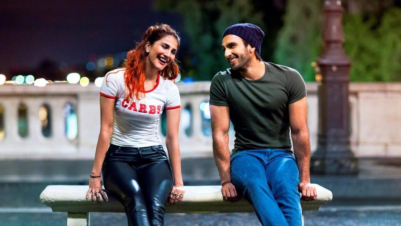 Le film Befikre est une production de Bollywood tournée en France, avec Ranveer Singh (à droite) et Vaani Kapoor (à gauche).