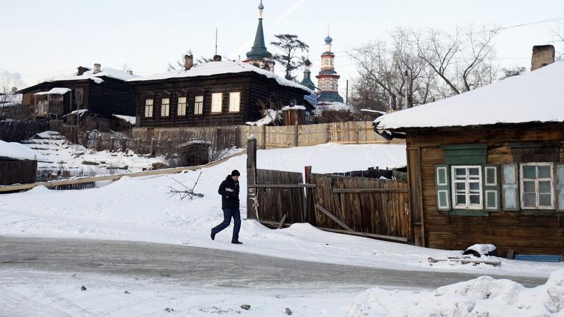 Le bilan s'élève à au moins 53 morts — Russie/alcool toxique
