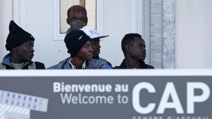 1300 mineurs isolés sont toujours en France selon France Terre d'Asile.