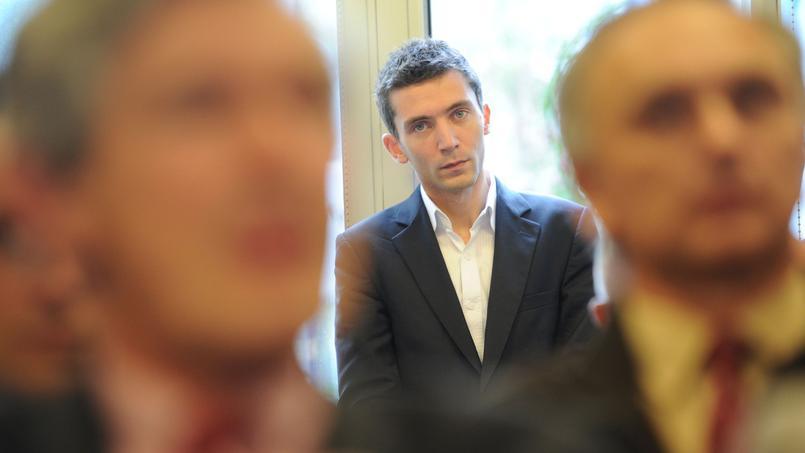 FN : le maire de Beaucaire va inaugurer une