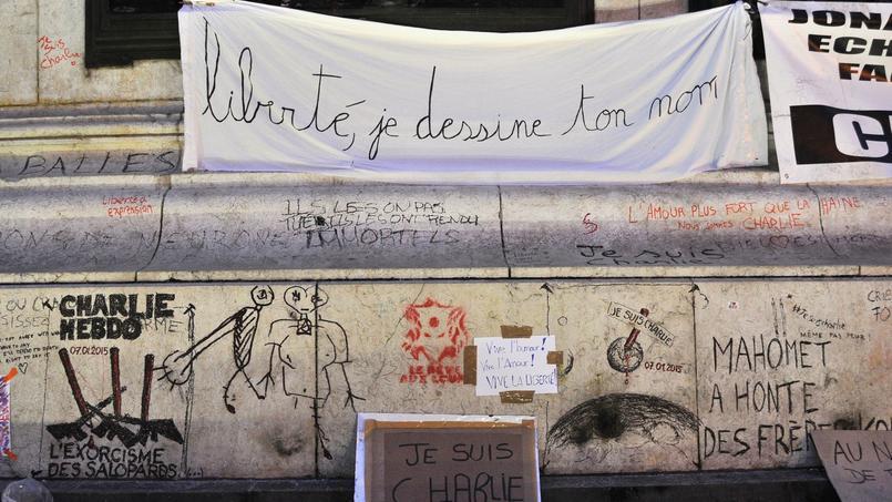 Les hommages à la rédaction de Charlie Hebdo étaient nombreux en janvier 2015