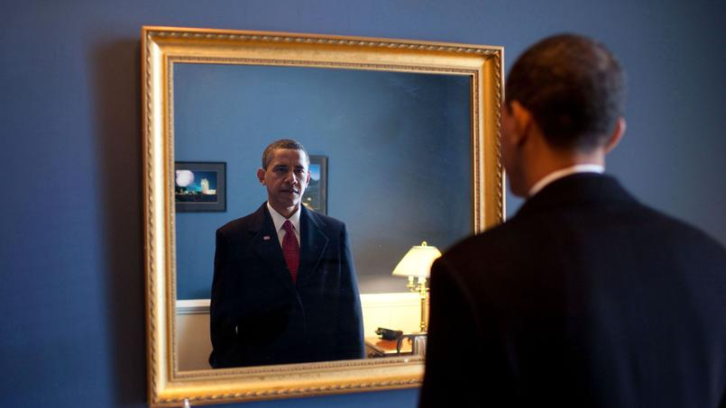 Barack Obama devant un miroir. Crédit: Wikimedia (sous licence Creative Commons).