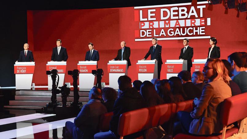 Débat de la primaire : Hollande au théâtre plutôt que devant sa télé