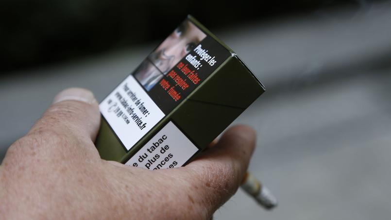 Moins de cigarettes vendues en 2016 — Tabac