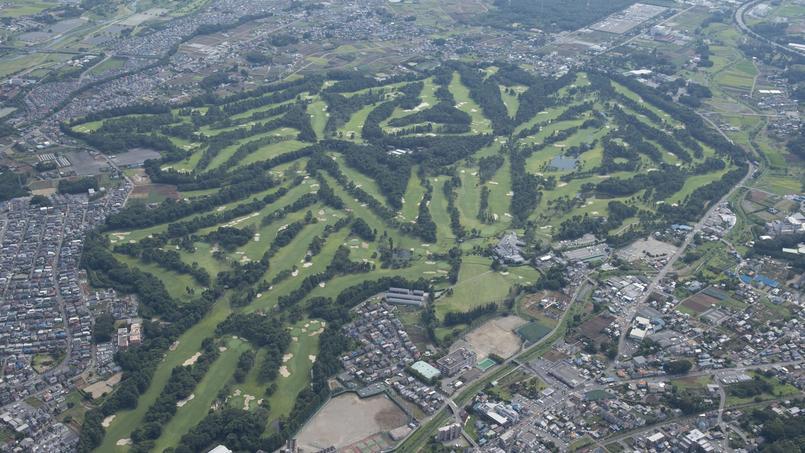 Photo aérienne du Kasumigaseki Country Club de Tokyo.