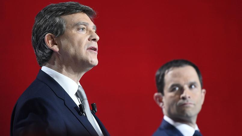 Dans les sondages, Benoît Hamon talonne Arnaud Montebourg.