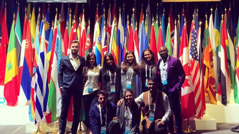 Les neuf membres du «Yac» de Pernod-Ricard participant au sommet «One Young World» 2016 à Ottawa.