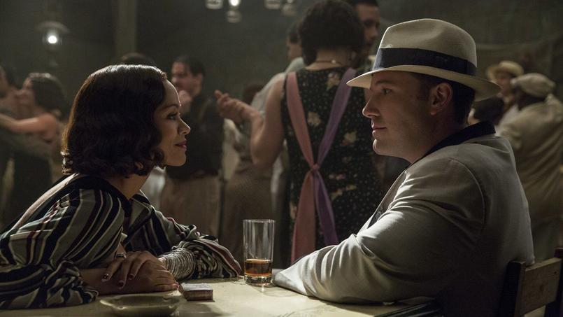 Zoe Saldana et Ben Affleck dans le film de gangster Live by Night.