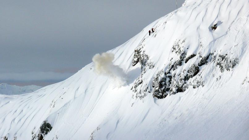 Une avalanche déclenchée sur le site du col du lac Blanc, dans le massif des grandes Rousses. Crédit photo: Irstea