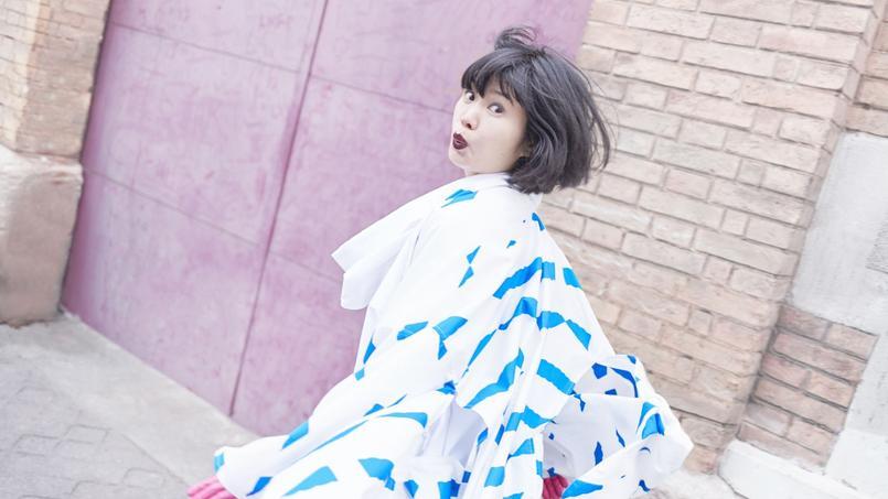 Touche-à-tout japonaise exilée à Paris Kumisolo sortira son premier album solo, Kabuki Femme Fatale, le 7 avril sur le label Alter K.