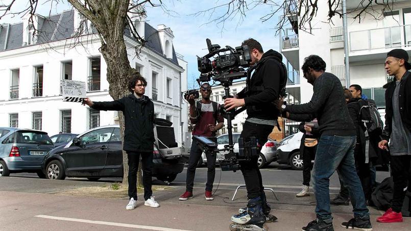 Les jeunes bénéficiaires du programme Cinétalents reçoivent une formation à tous les métiers du cinéma.