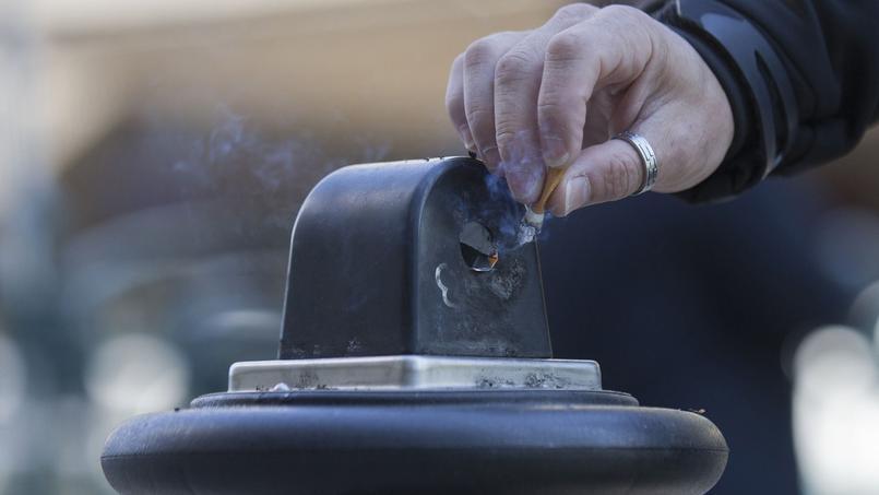 En 2012, le tabagisme a été à l'origine d'un peu plus de 2 millions de décès chez des adultes âgés de 30 à 69 ans dans le monde.