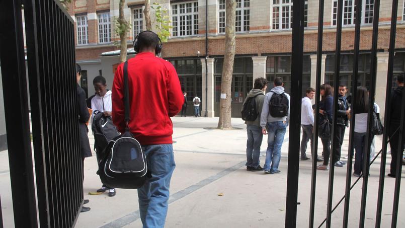 À 18 ans, 25% des jeunes ont quitté, à titre définitif ou provisoire, l'école.