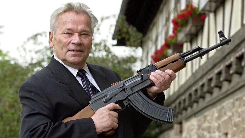 Mikhaïl Kalachnikov, décédé en 2013, l'inventeur de l'AK-47.