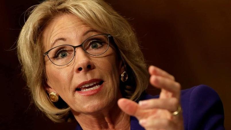 La secrétaire américaine à l'Education confirmée de justesse