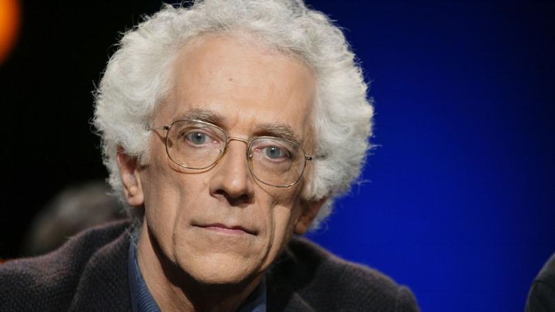 Tzvetan Todorov, romancier et essayiste français, chercheur au CNRS.