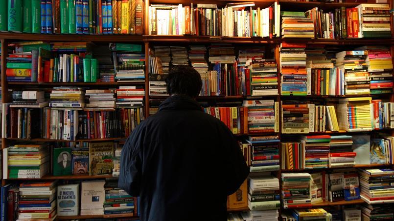 Cinq adolescents américains ayant vandalisé une école ont été condamnés à lire 35 livres.