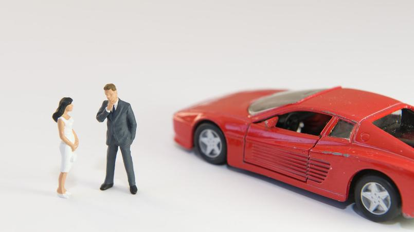 En matière de séduction, le cliché de la voiture de sport rouge n'est jamais loin.