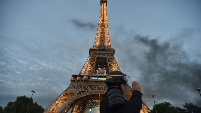 Il s'agira d'une «clôture antiballes qui englobera l'essentiel des jardins de la tour Eiffel».