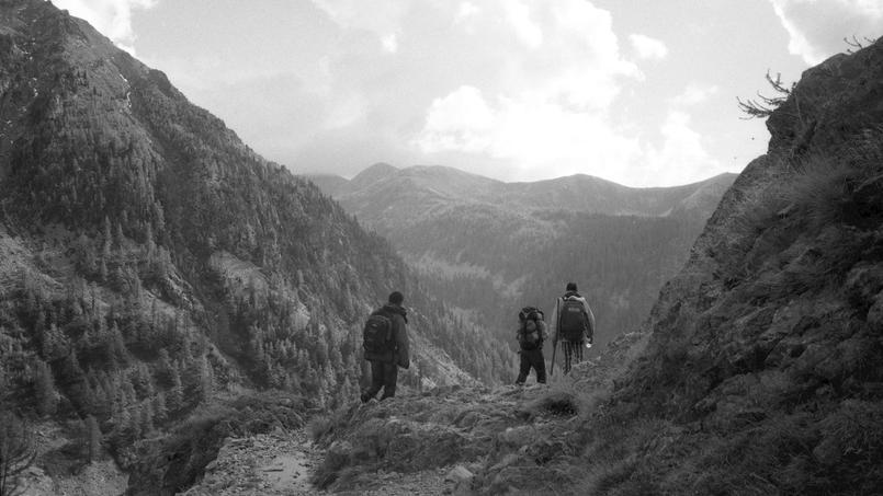 Parti pour un reportage sur la situation à la frontière franco-italienne, Raphaël Krafft, en compagnie d'un ami, a aidé deux Soudanais à franchir la frontière pour demander l'asile en France.