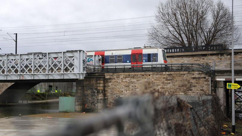 Parmi les sociétés entrant sous le contrôle de l'État en 2015, plus du tiers appartiennent au groupe SNCF.