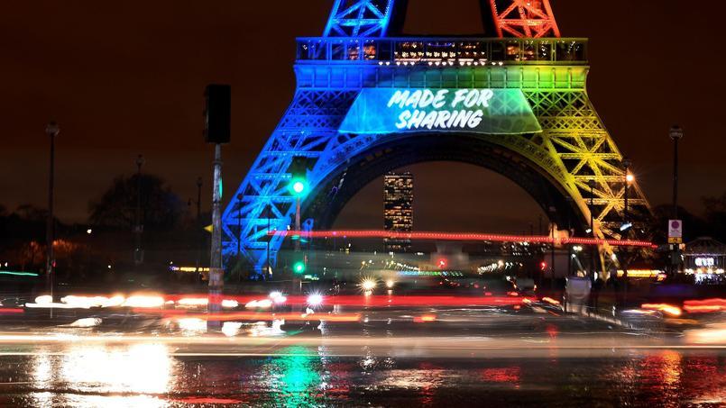 Le slogan en anglais pour la candidature de Paris aux Jeux olympiques continue à faire des vagues.