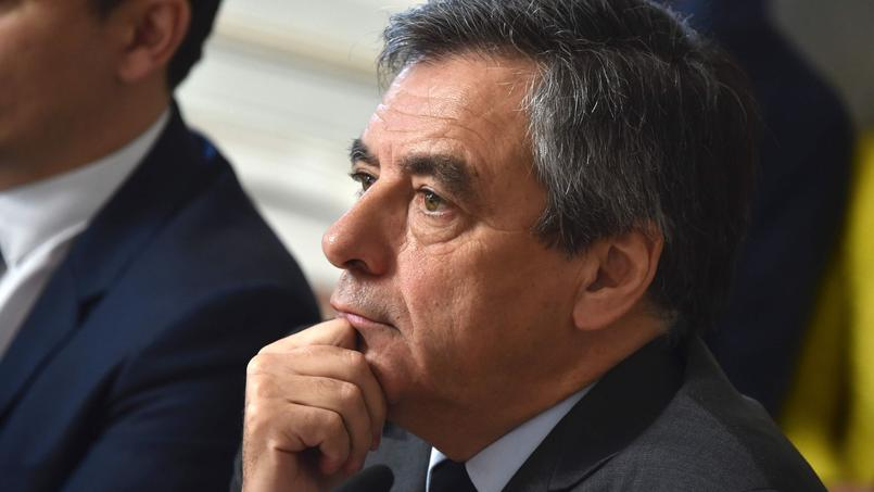 Affaire Fillon : le Parquet national financier n'envisage pas un classement sans suite