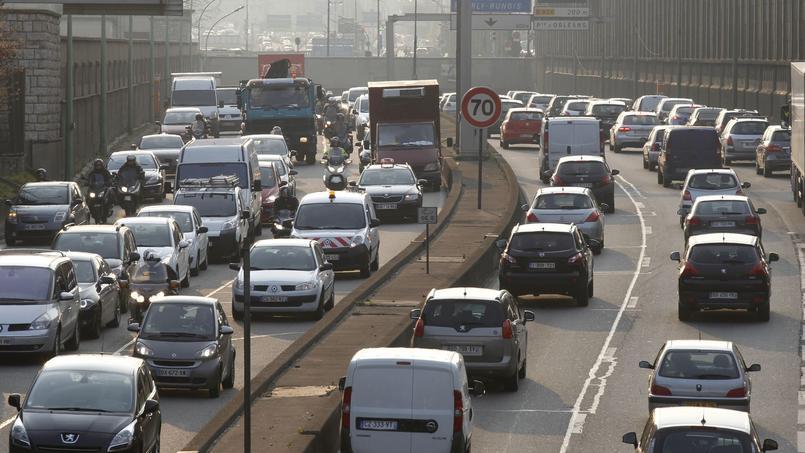 Des embouteillages sont attendus en Auvergne-Rhône-Alpes, mais aussi en région parisienne.