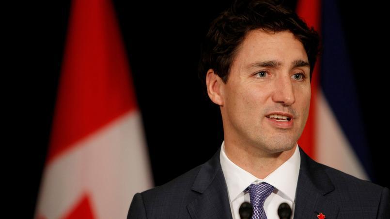 Le premier ministre Justin Trudeau a affirmé défendre le bilinguisme au Canada.