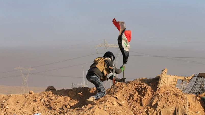 L'armée irakienne à l'assaut de l'aéroport de Mossoul