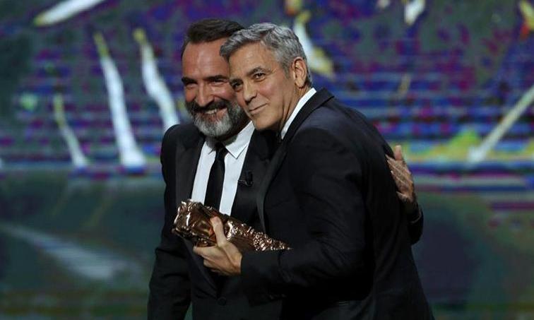 Jean Dujardin et George Clooney vendredi soir durant la cérémonie de remise des Césars.