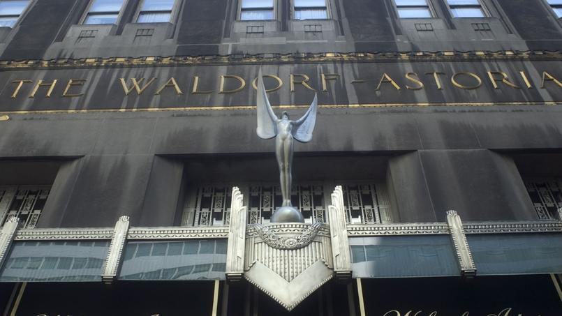 La facade de l'Hotel Waldorf Astoria sur Park Avenue à New York (Manhattan), 16 août 2008.