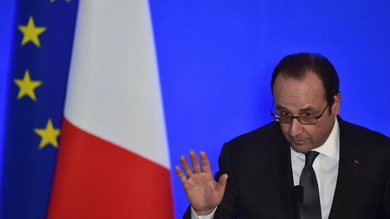 François Hollande demande une «mobilisation générale» contre les attaques informatiques